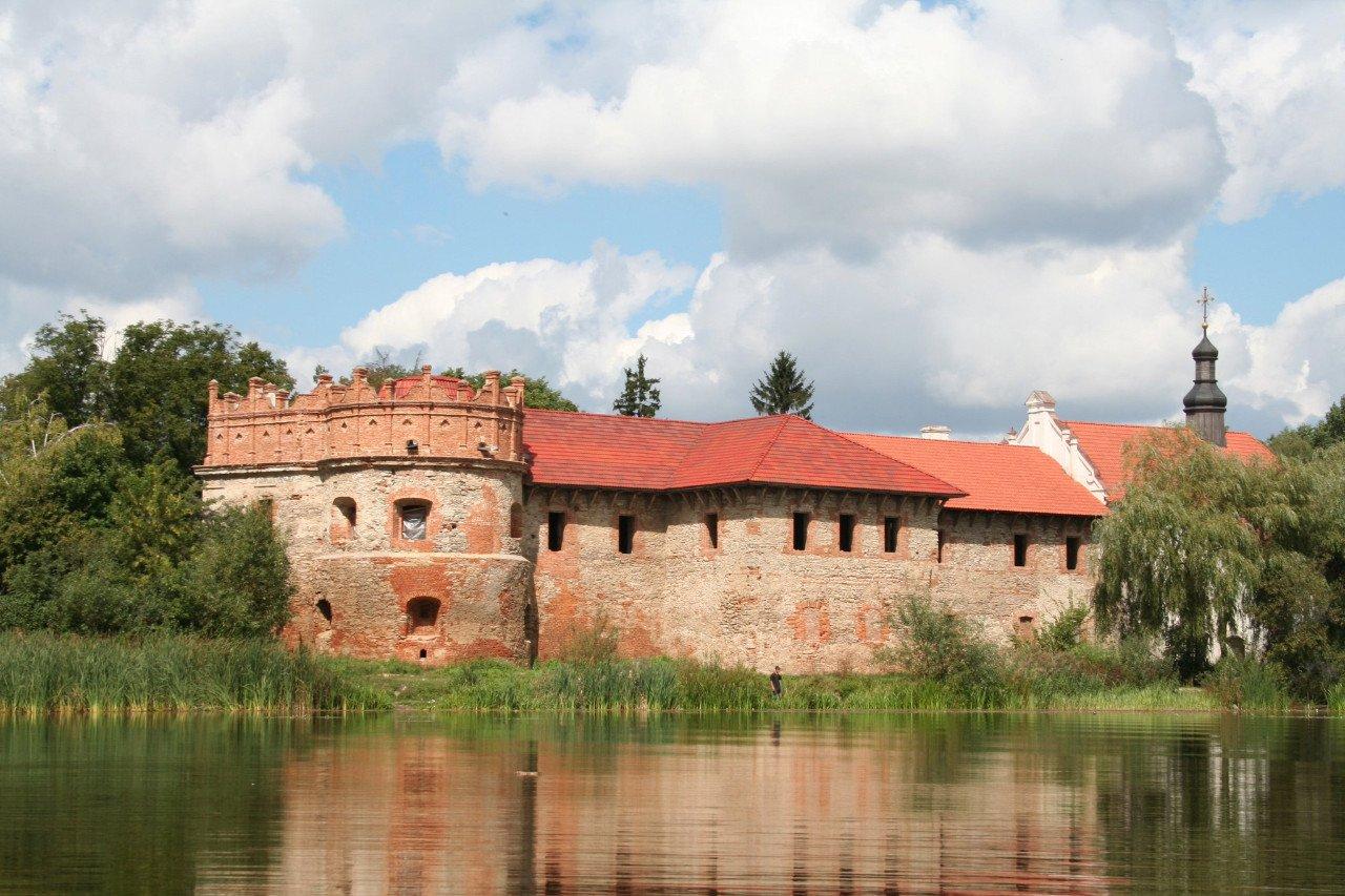 Замок князів Острозьких