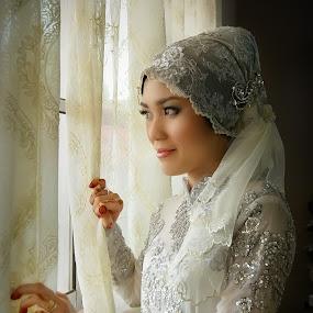 Waiting  by Fadzlie Baharun - Wedding Bride