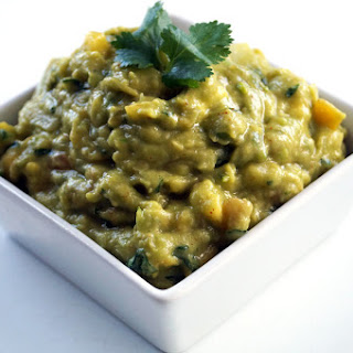 Sweet & Spicy Mango Chipotle Guacamole
