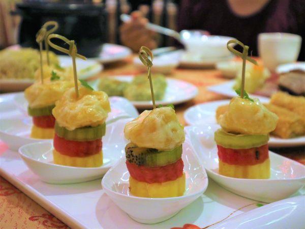 東悅坊港式飲茶(台南店)。一鴨三吃、客製化生猛海鮮,台南頂級港式飲茶