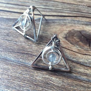 ※死神聖物幾何三角形耳環※