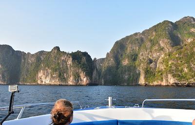 Arrival at Phi Leh Bay