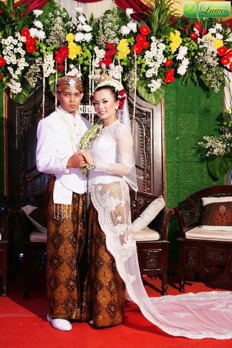 Pengantin akad nikah nasional