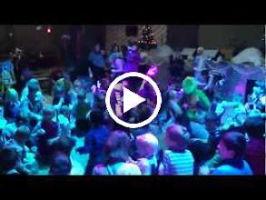 Video: 100 счастливых людей. Новый Год