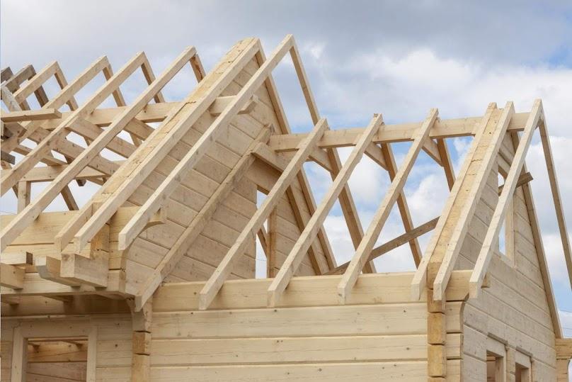 Wiązary dachowe drewniane - najważniejsze informacje