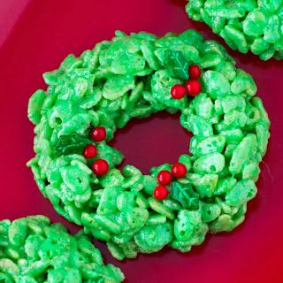 Holiday Wreath Treats.