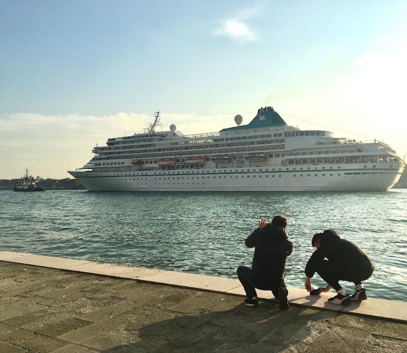 La Grande Nave...tappa a Venezia di luisa_dbl