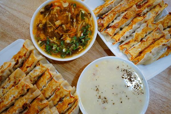 佳佳香鍋貼板橋店 吃的不是鍋貼 是飽滿的美味回憶