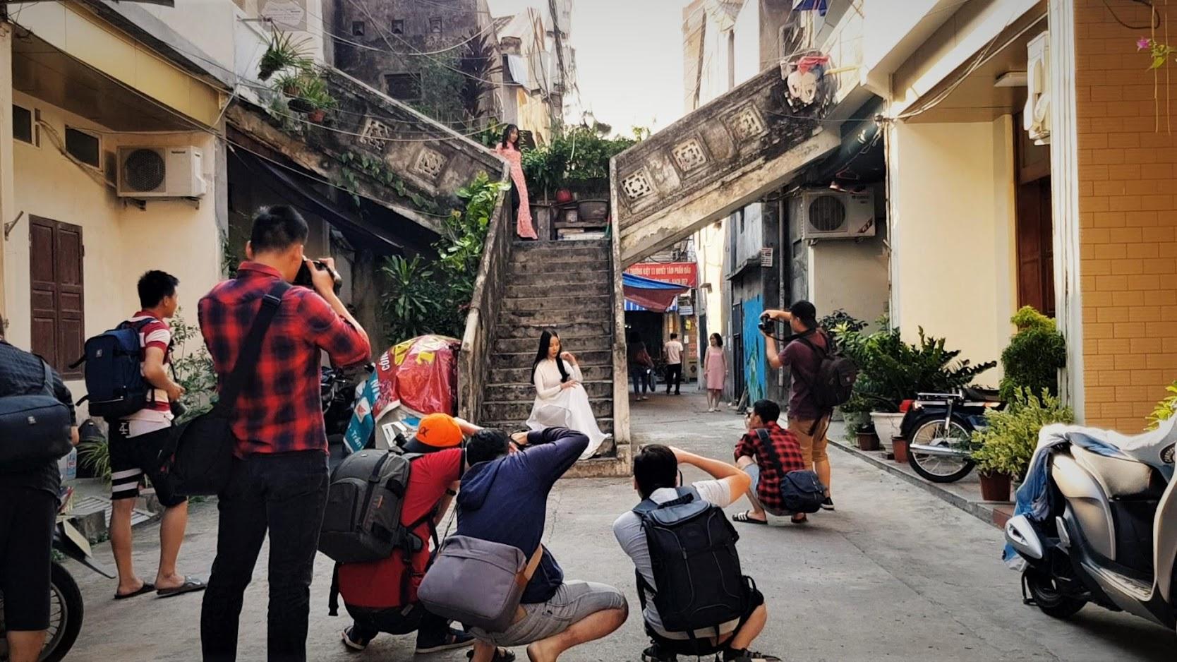 Chụp ảnh phố Lý Thường Kiệt sông Tam Bạc ở Hải Phòng
