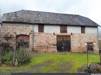 maison à Saint-Aulaire (19)