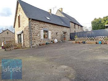 maison à La Chapelle-Saint-Aubert (35)