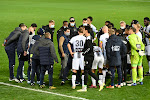 """Bayat verweert zich na scherpe kritiek: """"Voetbal heeft perceptie tegen"""", analisten geven ook hém de wind van voren: """"Politie staat erop te kijken"""""""