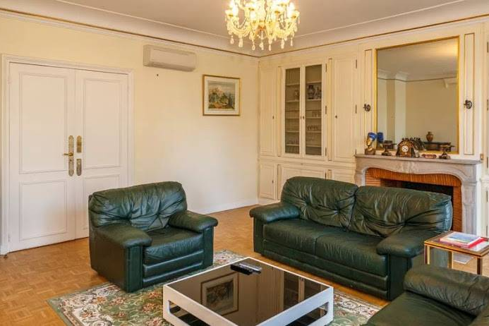 Bright living area at Rue de Monceau Serviced Apartment, Champs Elysees