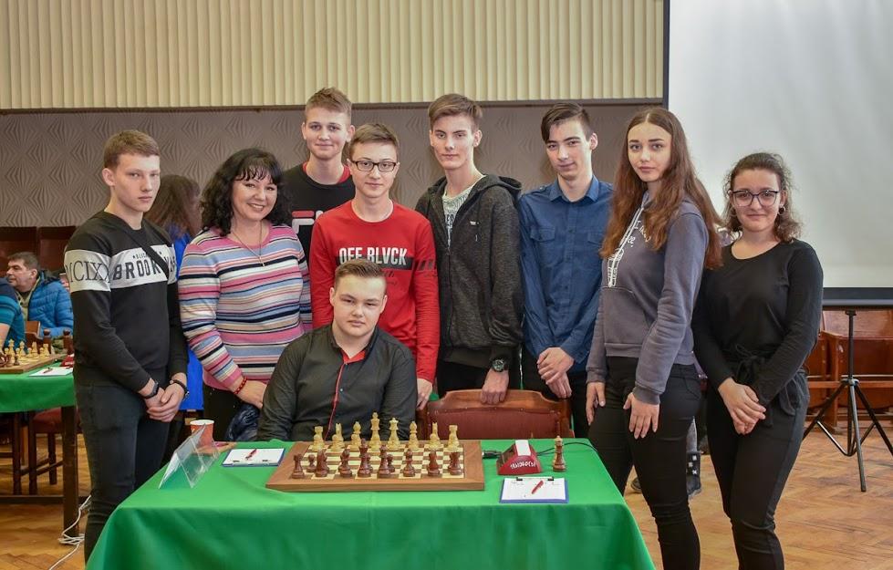 Шахи: Чемпіонаті України U16. Фото Тетяни Караім