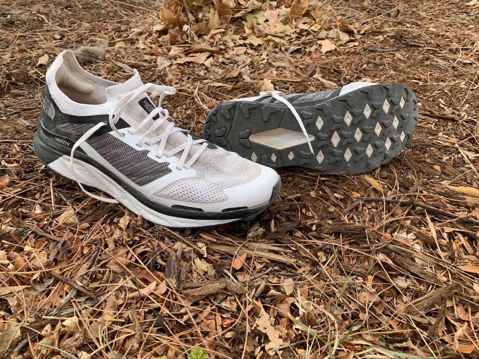 Road Trail Run The North Face Flight Vectiv Review Rock N Roll Tnf Brings Carbon Fiber To The Trails