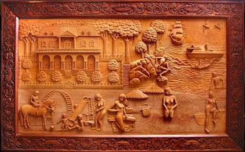 Photo: Este es el cuadro de mayores proporciones hecho por el autor, y es el último en que el marco va aparte del motivo principal. La razón de no utilizar el marco aparte se hizo patente con esta obra al comprobar el acusado desajuste que se produce al contraerse o dilatarse la madera: según la época del año de que se trate puede verificarse un desplazamiento de hasta varios centímetros. Tamaño: 122 x 196 cm. || Talla en madera. Woodcarving.   Puedes conocer más de este artista en el blog: http://tallaenmadera-woodcarving-esculturas.blogspot.com/