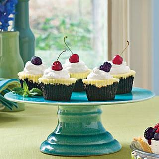 Chocolate-Key Lime Cupcake Pies