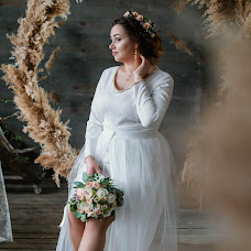 Wedding photographer Anna Belousova (belousova93). Photo of 23.02.2018