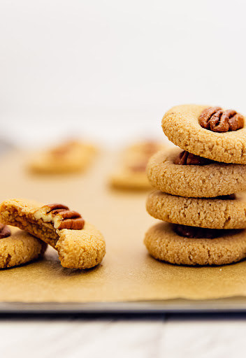 Old Fashioned Maple Pecan Cookies