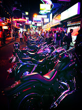 Photo: place for storing harleys ばいくおきば