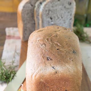 Kalamata, Rosemary & Olive Oil Bread.