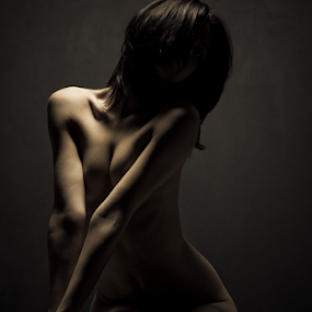 by M . - Nudes & Boudoir Artistic Nude