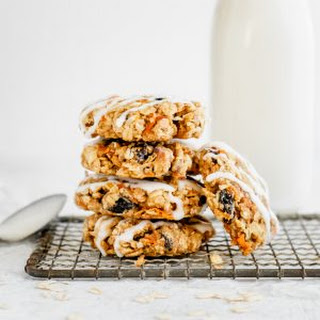 Healthy Carrot Cake Oatmeal Cookies (made with coconut oil!).