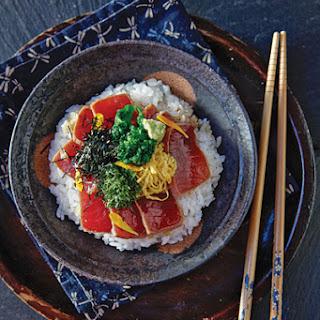 Soy-Marinated Tuna Rice Bowl (Maguro no zuke Donburi)