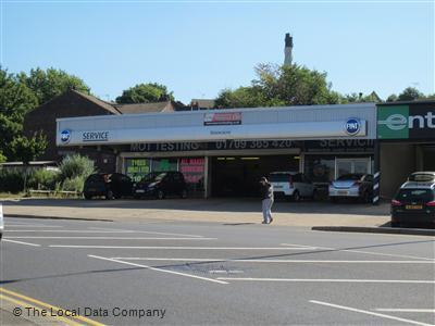 dealers car photo kingdom of fiat biz stoneacre united rochdale aberdeen queensway ls photos