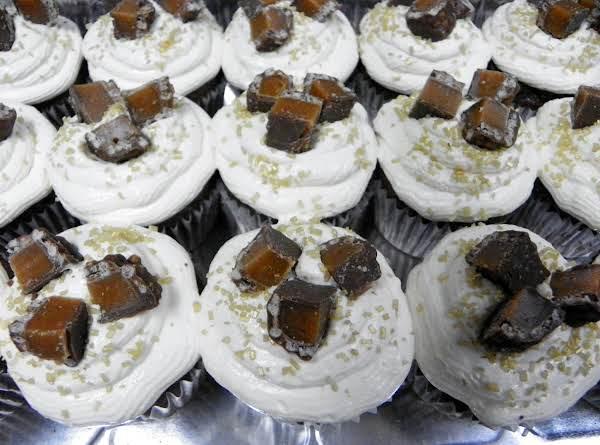 Lisa Herren's 100 Grand Cupcakes