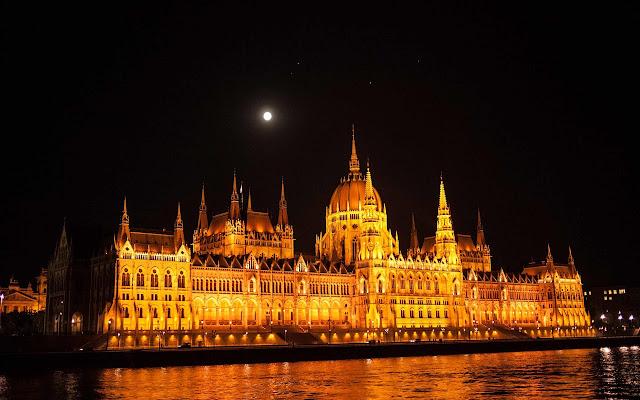 Budapest Tab