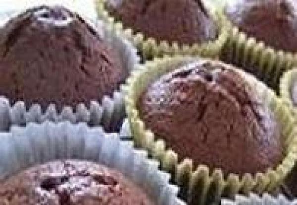 Never Fail Chocolate Cupcakes- Mom's Recipe