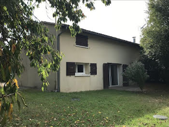 maison à Saint-Martin-de-Sescas (33)