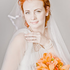 Wedding photographer Anastasiya Nenasheva (goodfoto). Photo of 20.11.2013