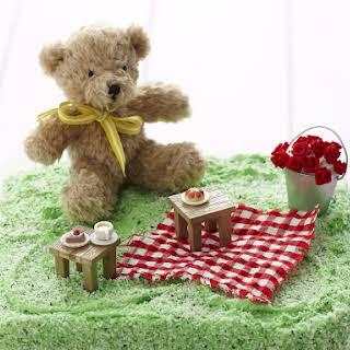 Teddy Bear Picnic Cake.