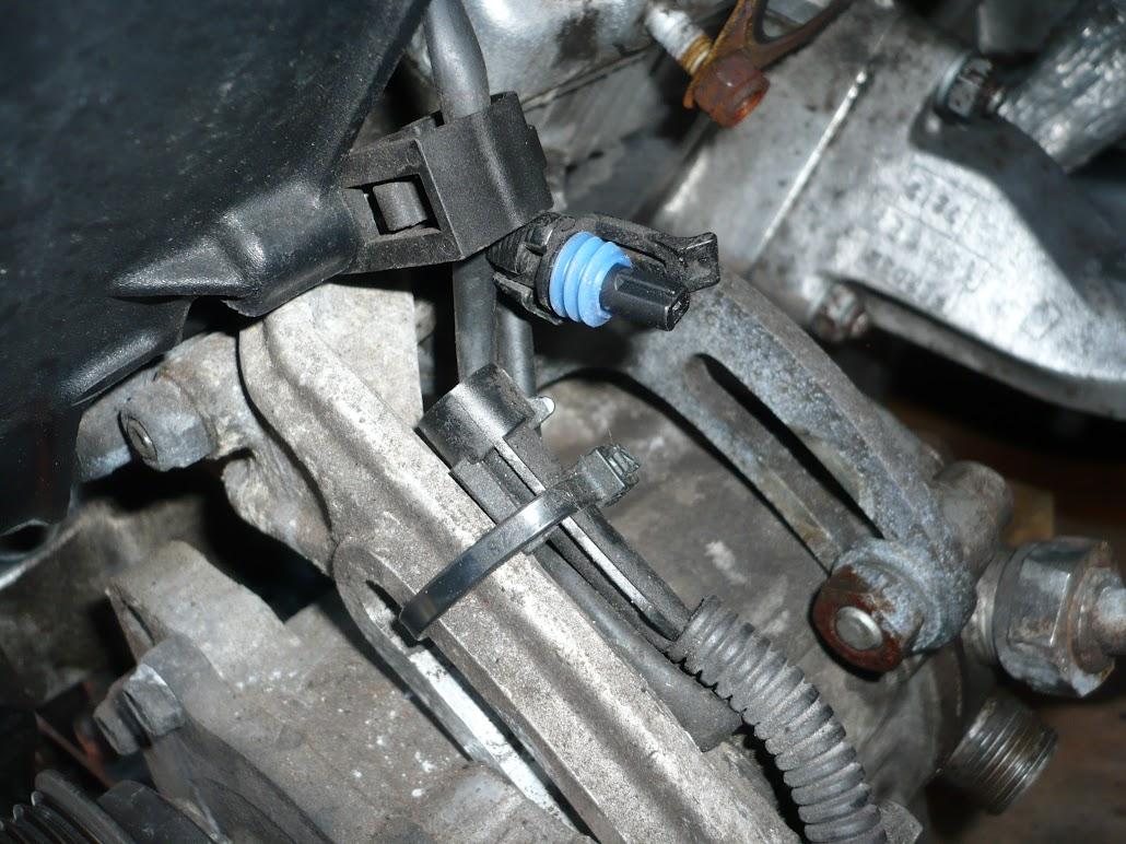 Air-con Compressor Removal and Repair
