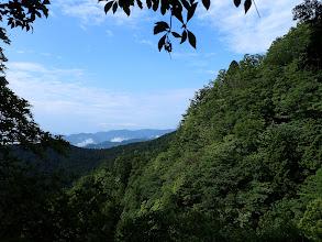 右に山頂方面(南側)