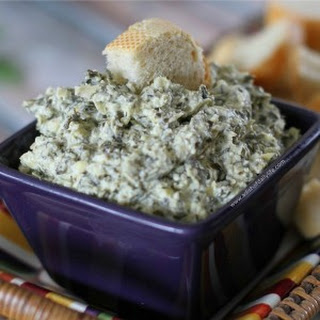 Roasted Garlic, Spinach, and Artichoke Dip