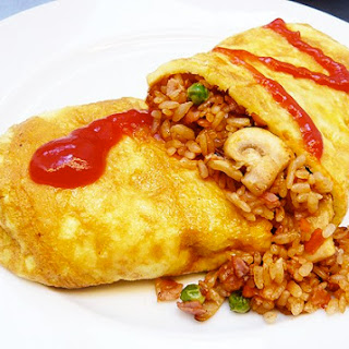 Japanese Food : Omurice (omelet rice)