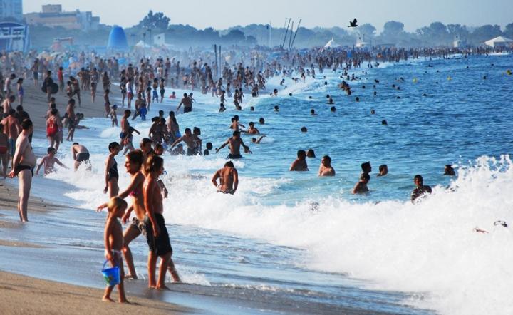 Spiaggia per non pochi... di Jorjo