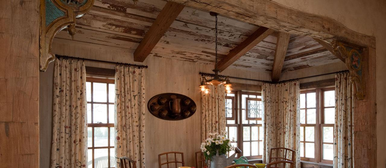 using reclaimed wood for walls