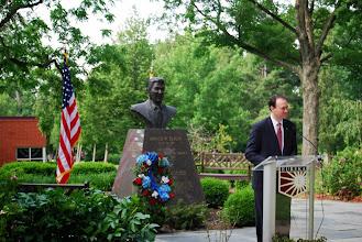 Photo: John Morris speaks at the Reagan Memorial 2013, Eureka College