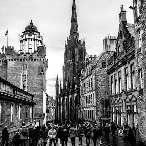 Edinburgh by Derek Robinson - City,  Street & Park  Historic Districts ( edinburgh black and white scotland )
