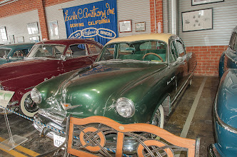 Photo: '52 Kaiser, note Windshield/Roof line