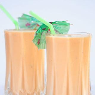 Papaya Lassi | Papaya and Yogurt Smoothie Recipe