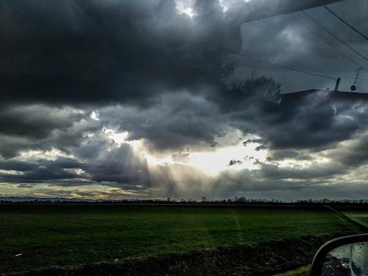 Ciò che le nuvole lasciano di ytse_jam