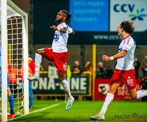"""Van geen centrumspits naar offensieve weelde bij Kortrijk: """"De ploeg vaart daar wel bij"""""""