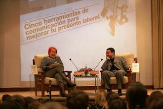 Photo: Clausura de la XIII Jornada Internacional de Comunicación Siglo XXI Rosa Mª Calaf y Luis Arboledas de RNE.