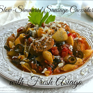 Slow-Simmered Spicy Sausage Cacciatore with Conchiglie