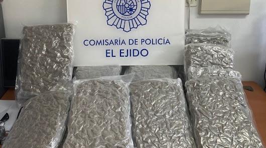 La Policía Nacional frustra un traslado de droga en El Ejido
